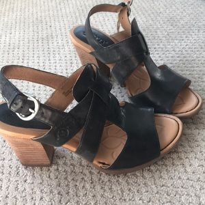 NEW Born heels, size 8